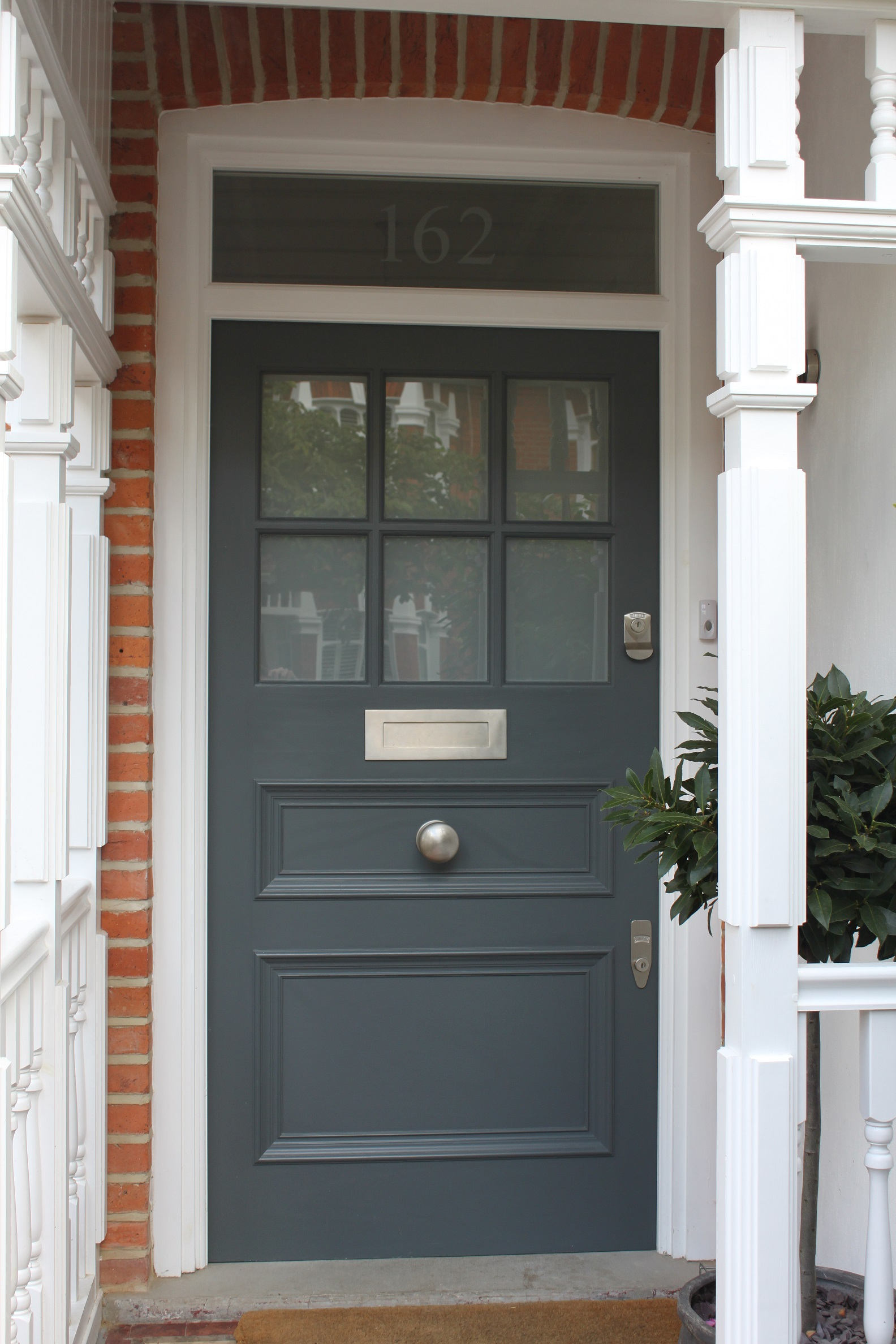 1930s front door in west london with plain sandblasted glass for Front doors with glass panels